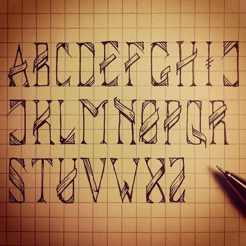 #drawninonesitting #type #typography #handdrawntype #doodle #sketch #draw #drawing #art #bloco Art Drawing Doodle Typography Draw Type Sketch Handdrawntype Drawninonesitting Bloco