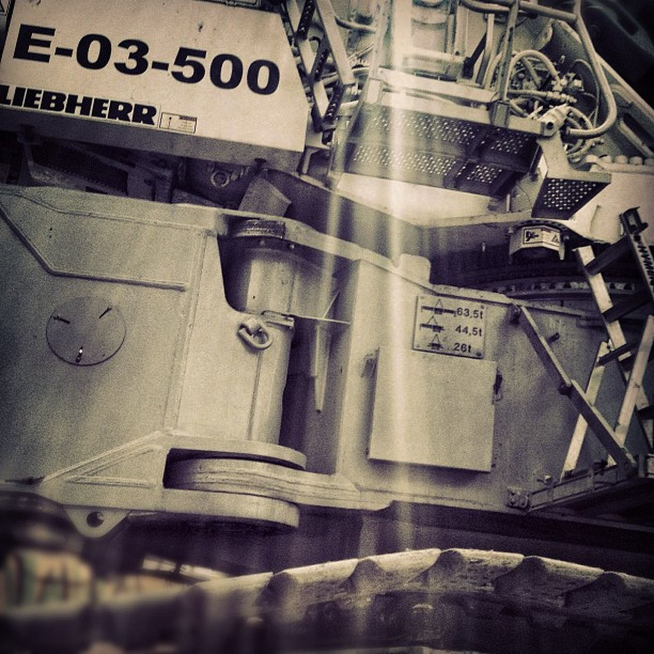E03500 Naveespacial Machine Construction starwars liebherr igers instagramers ihub instamood instagood instahub picoftheday photooftheday fotodeldia bestpicoftheday gramermex mextagram iphoneonly iphonesia iphone4s igersmania mexico lalojm1 2012
