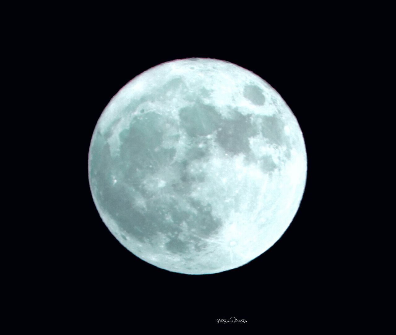 moon, night, full moon, moon surface, astronomy, planetary moon, majestic, space exploration, no people, beauty in nature, nature, scenics, tranquility, outdoors, sky, discovery, space, close-up, low angle view, satellite view