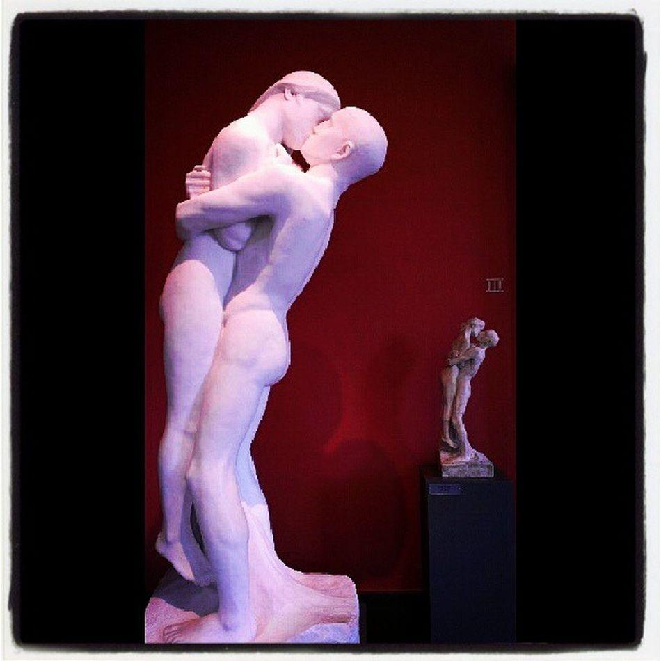 #kiss #sculpture #oslo #kumar #art #vigeland