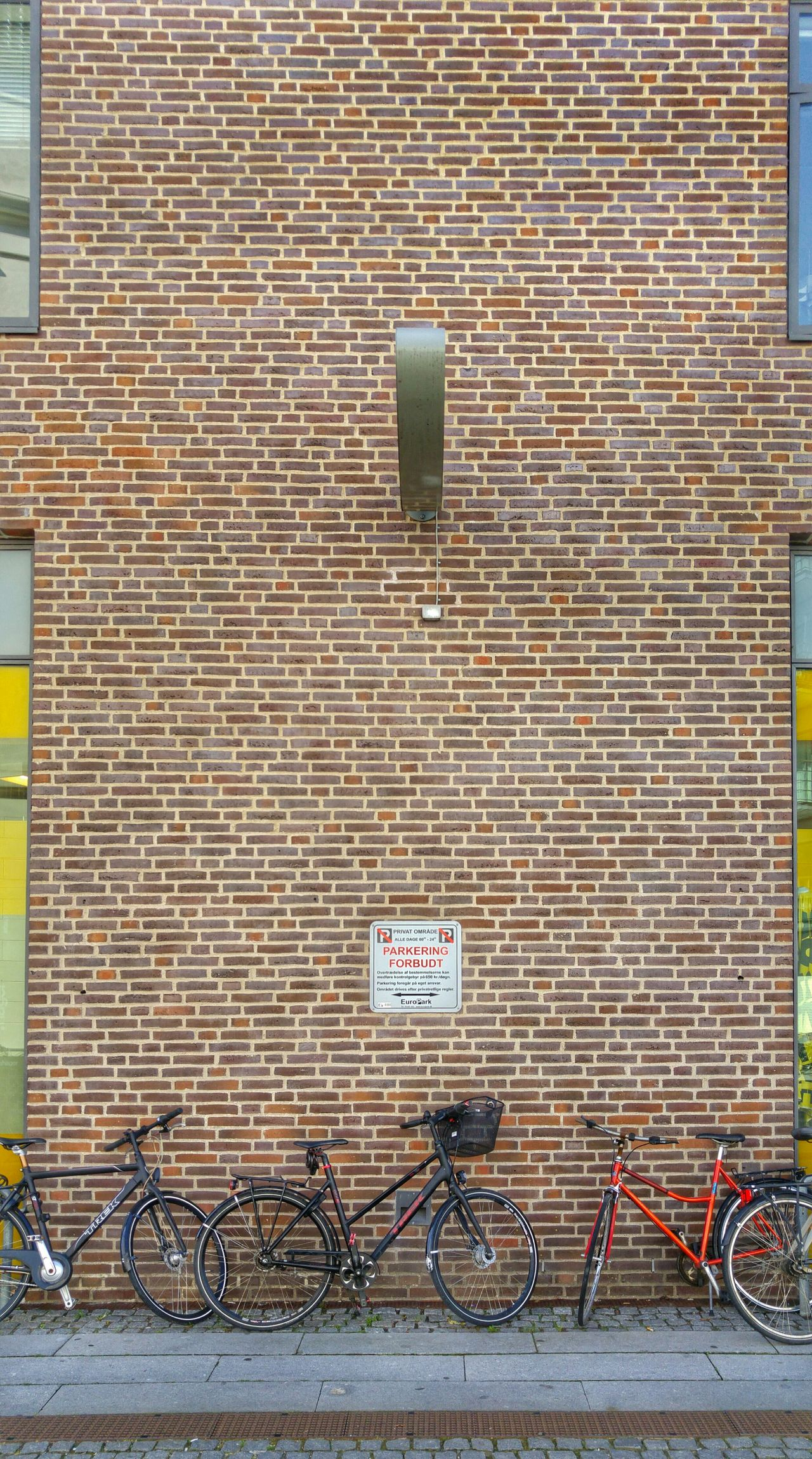 Copenhagen Kopenhavn Denmark Danmark Wall Bricks Bicycles Forbidden Forbidden Places Taking Photos
