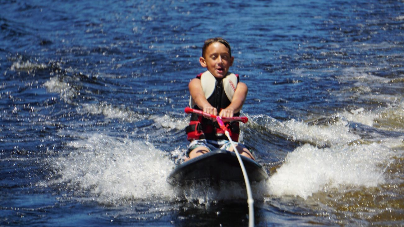 Adventure Club Sports Photography water Kneeboarding LearningEveryday Prideandjoy Teach Young Boat The Journey Is The Destination Outdoors Lakes  Happy :)