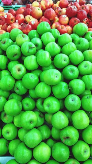 Green Color Backgrounds Full Frame Food Large Group Of Objects Abundance Food And Drink Healthy Eating Freshness Market Fruit For Sale Outdoors Day First Eyeem Photo Front View Close-up Portrait Foodporn Apple Eyeemphotography