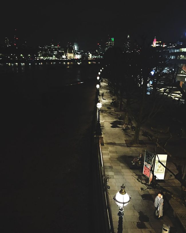 Look Closer Love Partner City Lights London Ecstasy Excitement Night Street Bridge London Bridge A Bird's Eye View