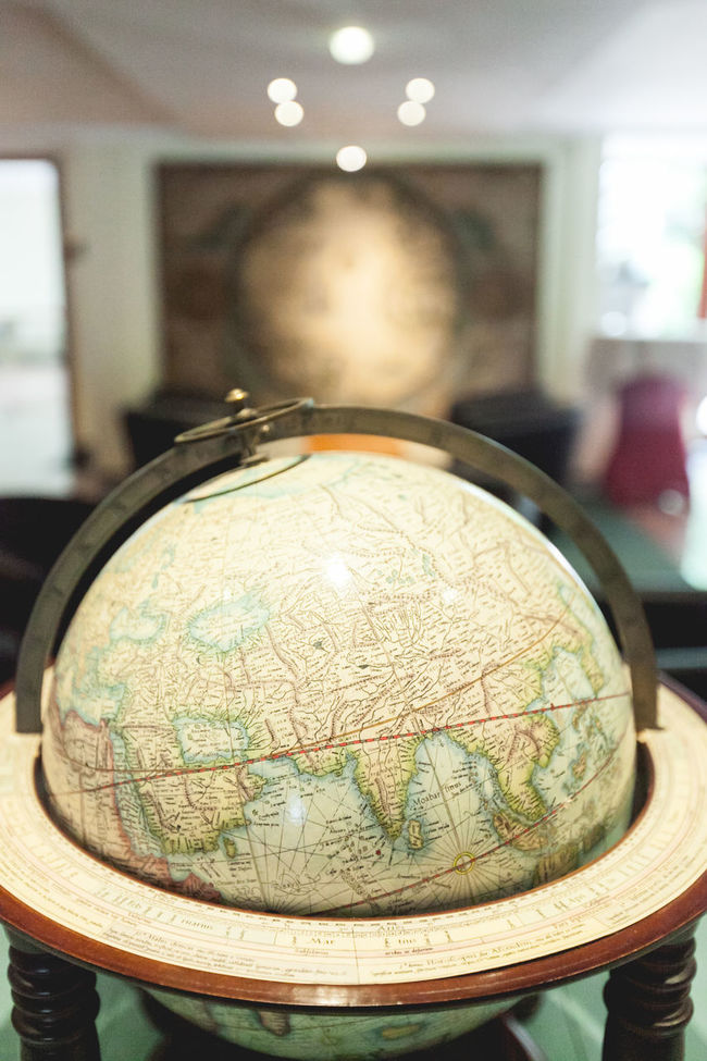 Best Western Classic Earth Globe Latitude Longitude Planet Retro World Globe