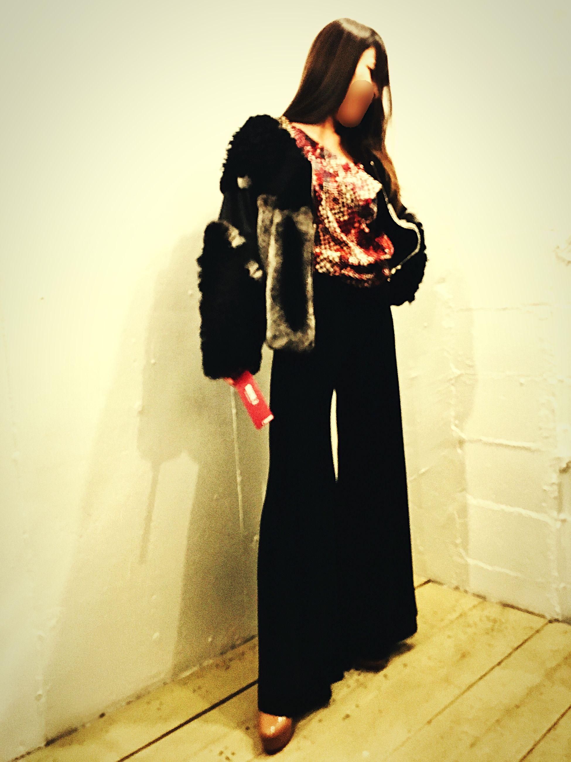 1.20 fri😝ootd✌🏻️in Mucho Mucho Daikanyama brand→ LydiaDelgado tag: Real People Lifestyles Day Fashion Photography Model Fashionmodel  Fashion Ootd Black Mode