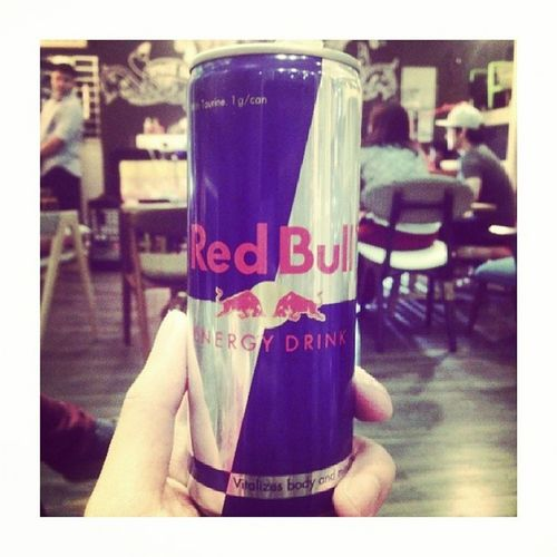 Everytime I drink or see a Red Bull can, I cant help but smile and be happy! Haha. Reminds me of someone so special! Haha. Pampagising Thebest şarap