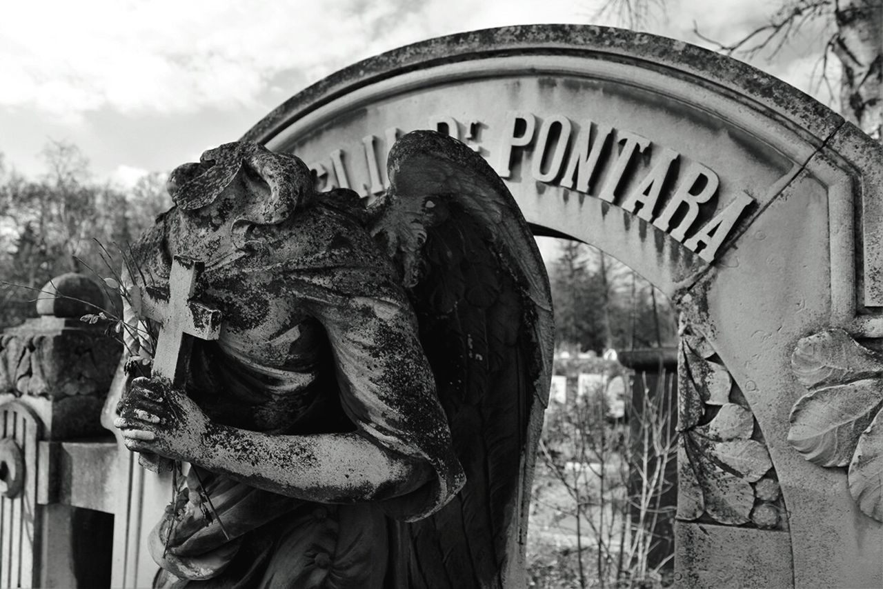 Beautiful stock photos of angel,  Art And Craft,  Broken,  Bulgaria,  Cemetery