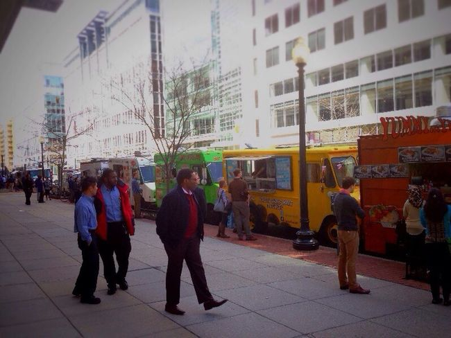 Food truck lunch on L Street Streetphoto_color