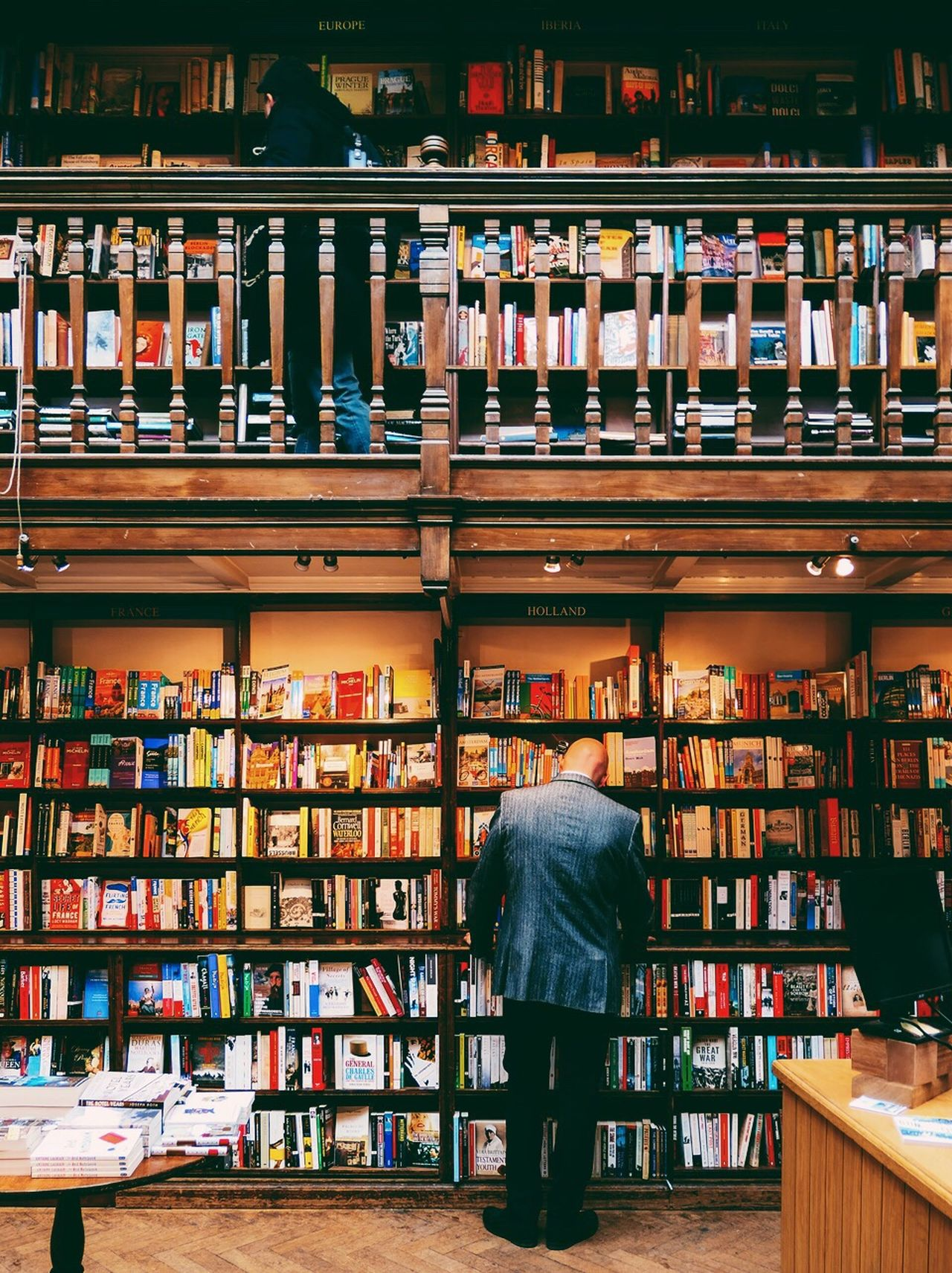 EyeEm LOST IN London Book Store Shelf Bookshelf Retail  Store Choice Indoors  Daunt Books, London Book Business Finance And Industry Only Men Rear View Small Business Library Bookstore Adults Only Men Business Abundance Variation Adult l