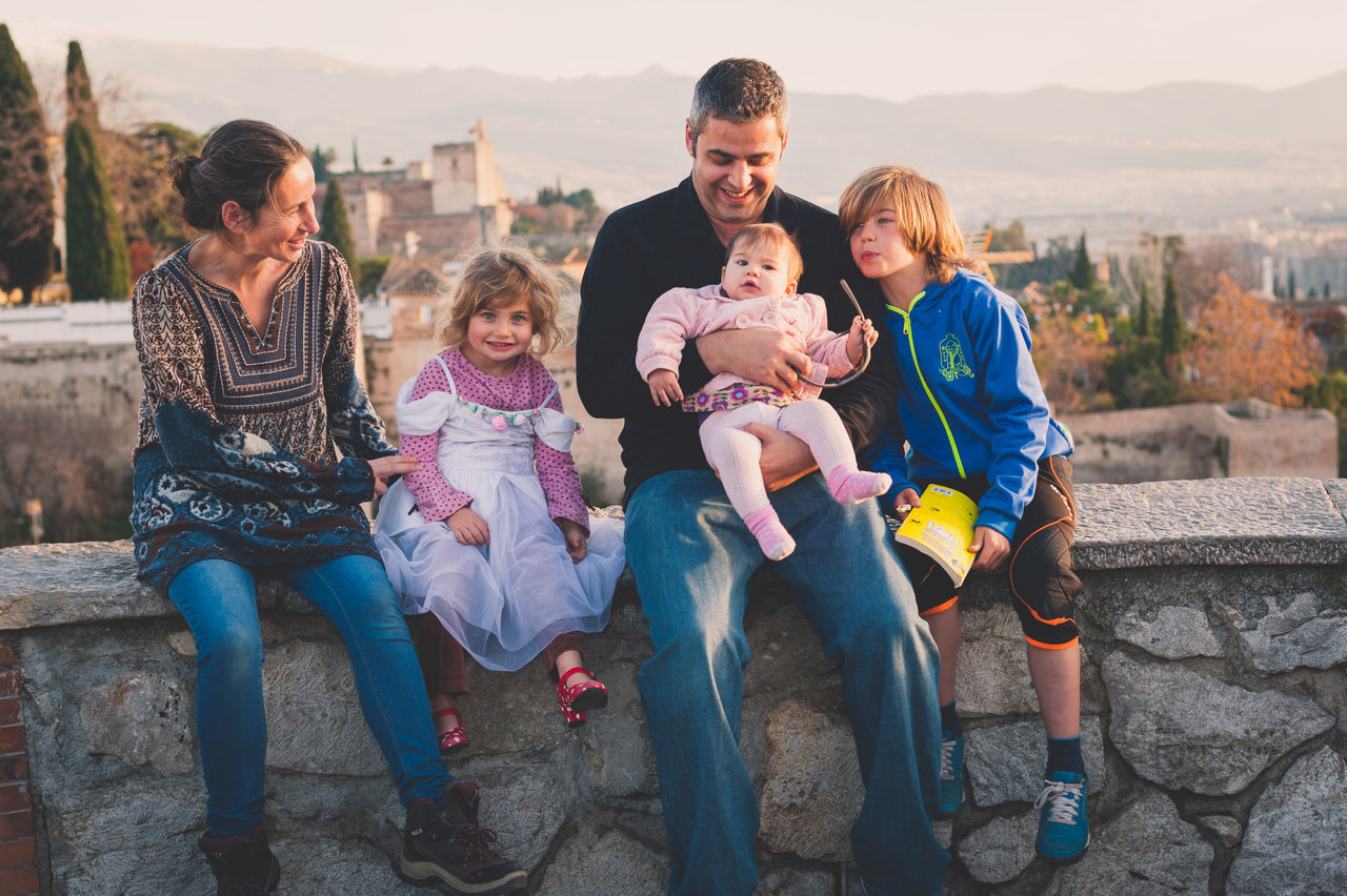 Beautiful stock photos of freundschaft, mother, baby, father, family