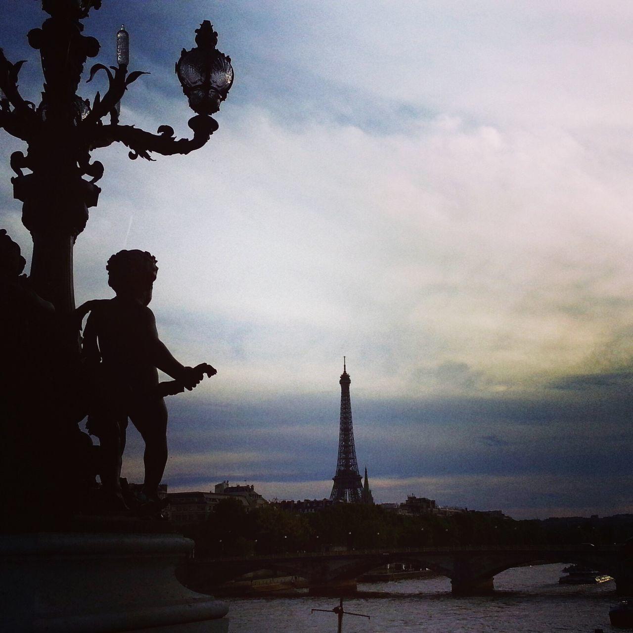 Paris Paris, France  France Tour Eiffel Toureiffel Eiffel Tower Eiffeltower Laseine River Riverside ParisByNight Sky Bridge PontAlexanderIII Pontalexandreiii Love French Parisian Cliché ParisianLifestyle Parisian Chic Paris Je T Aime