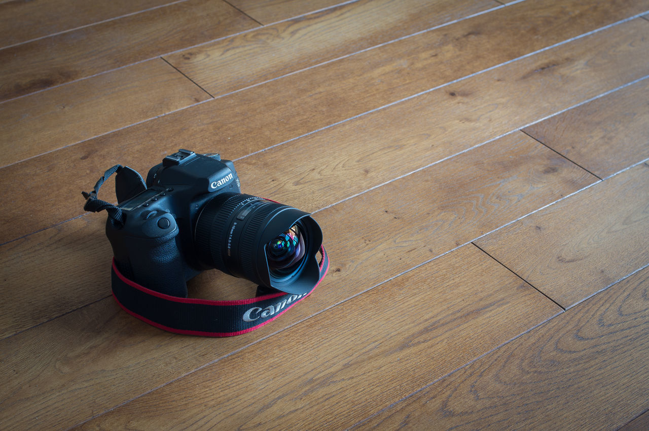 Day 78. I need some sleep, therefore today I am making a quicke with a simple shoot and going to bed. I might have more time later next week. 365 Camera - Photographic Equipment Canon Hardwood Floor High Angle View Indoors  No People Photography Themes Sigma Sigma 8-16mm Technology