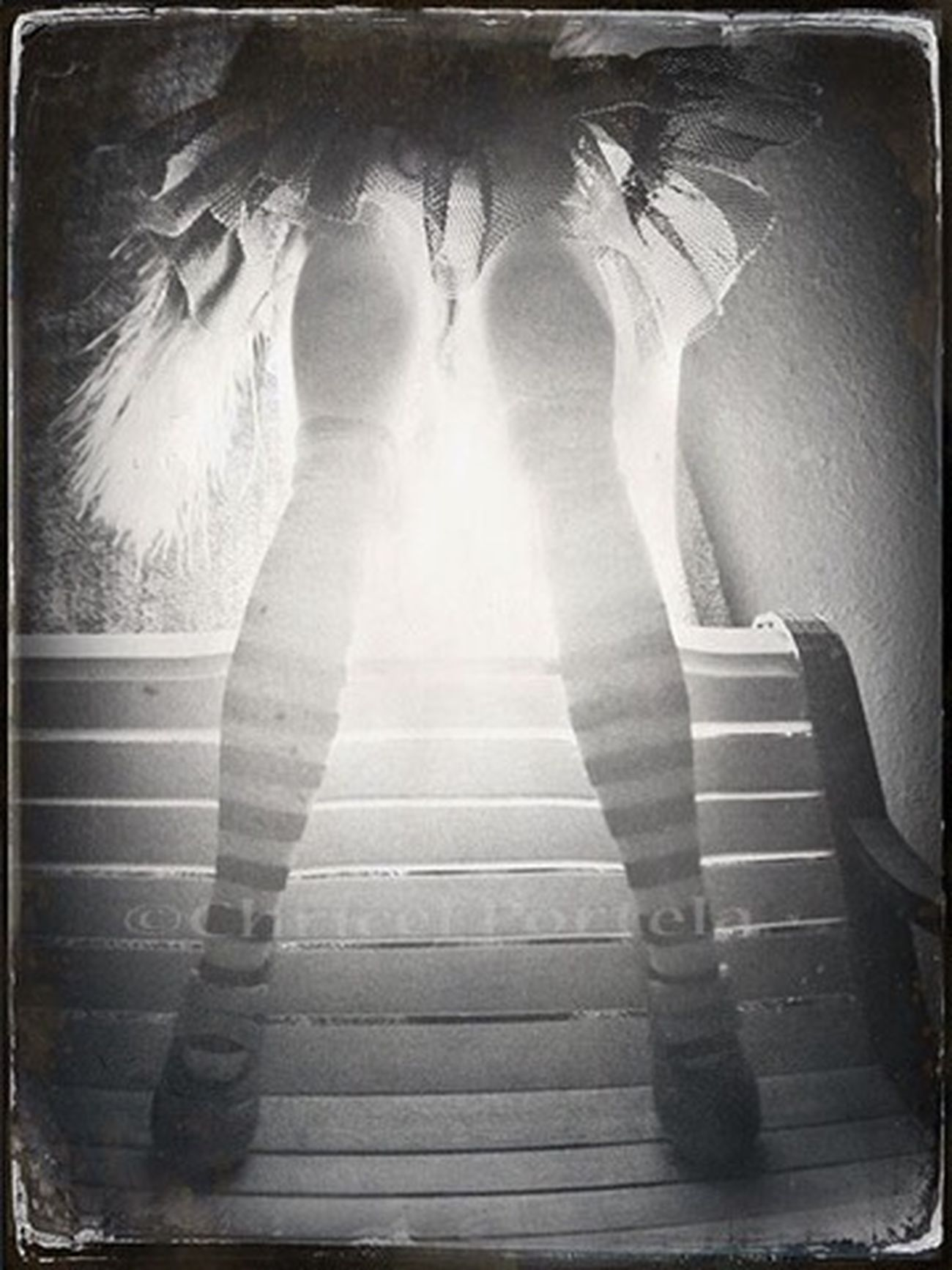 Standing Illuminated Noir Et Blanc