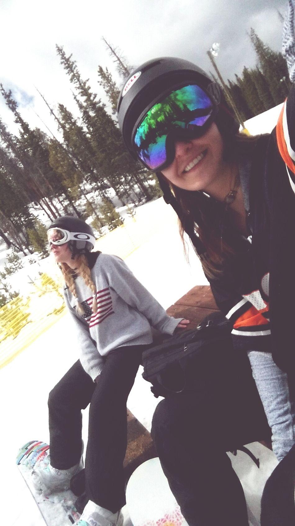 KeystoneSkiResort Rocky Mountains Shredvibes Mountains Exploration Pinetrees Snowboarding Sisters
