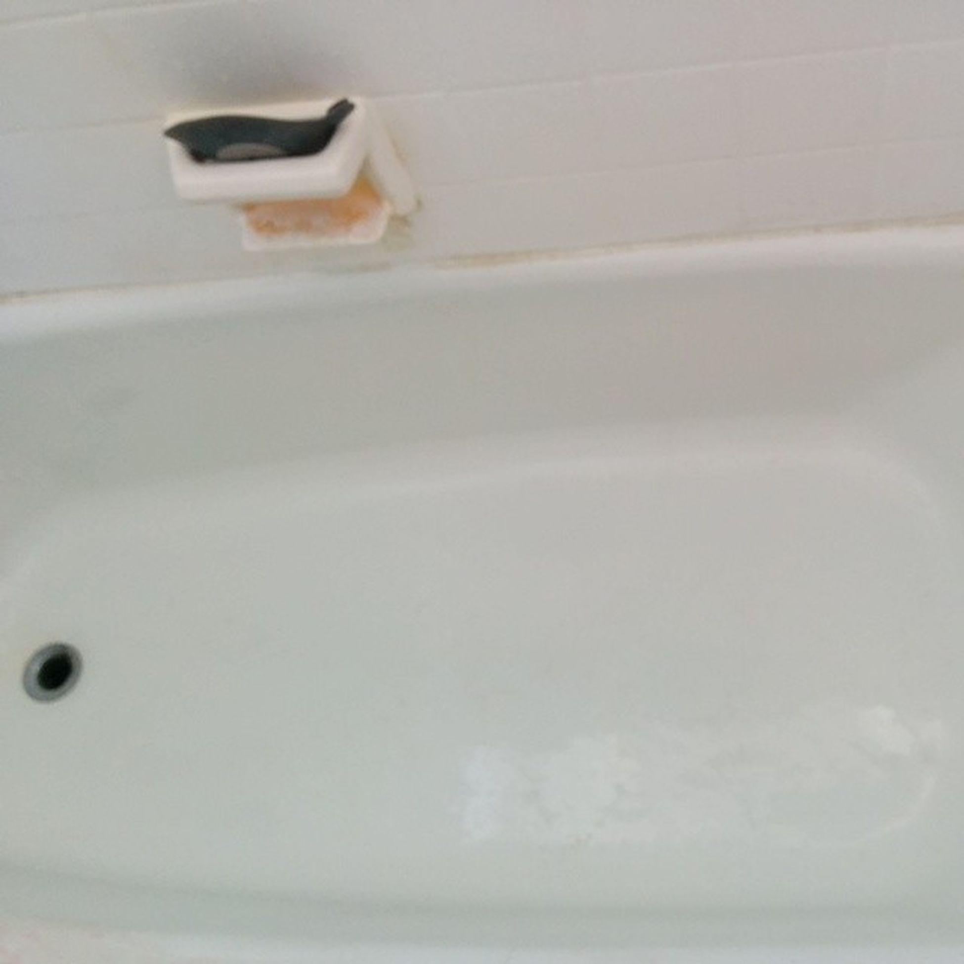 The bathtub that I spent thirty minutes scrubbing. And now it's clean! 100happydays Elbowgrease IUsedToHaveALife