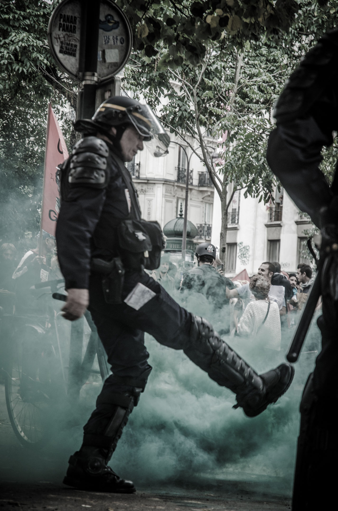 La manifestation contre la loi travail du 15 septembre 2016. Protest against Labor law in Paris, the 15th september 2016 15septembre Action Cops Labor Law Loitravail Manifestation Paris, France  Police Protest Riot Social Street Vandalism Violence Workers Loi Travail