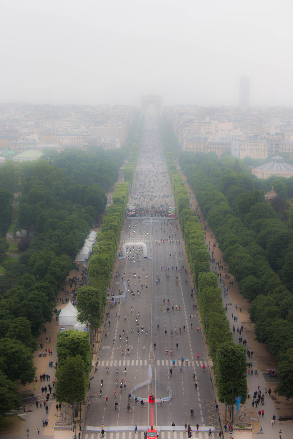 Architecture Building Exterior Built Structure Champs Elysees Champs-Elysée Champs-Élysées  Champselysées City Cityscape Crowd Day Fog Large Group Of People Modern Outdoors Paris People Real People Sky Skyscraper Travel Tree