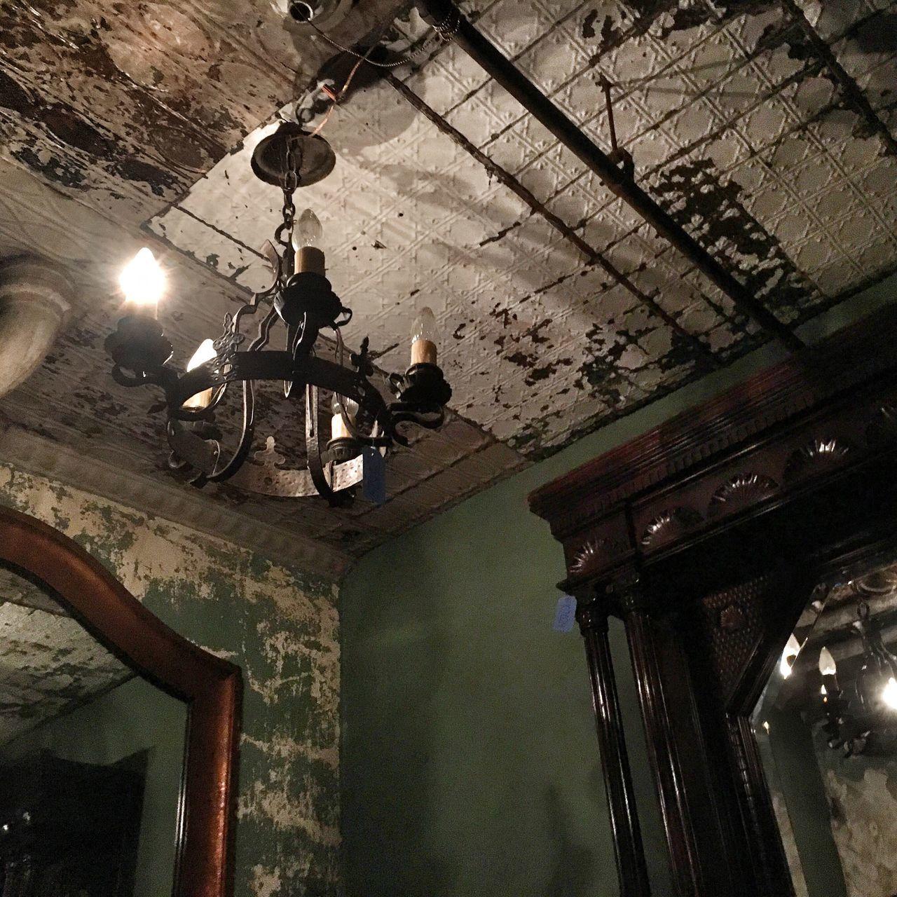 Vintage New York Fleamarket Old Lamp