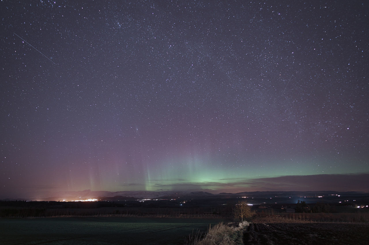 Aurora 2017-03-21: an impressive display with pillars, 2 meteors, milky way and M31 (Andromeda Galaxy) all clearly visible. This is much tweaked but perhaps more realistic in terms of overall level and colourfulnessAstronomymAstrophotographyhAurorarAurora BorealisiBeauty In NaturerColouruLandscapepLong ExposurerMilky WayaNaturerNighthNightphotographyhOutdoorsrPENTAX K-1-PerthshirerScotlandnScotland 💕:Tranquility]ty