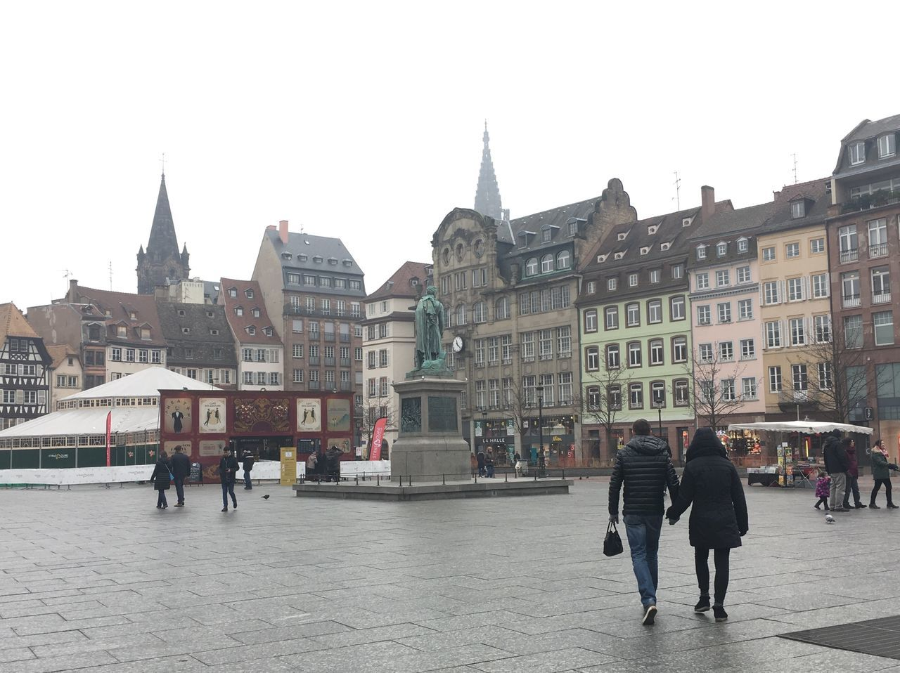 Two People Strasbourg France Square Market Love Winter Architecture Historical Building Open Market Walk Francuska Free Space Navamaagal
