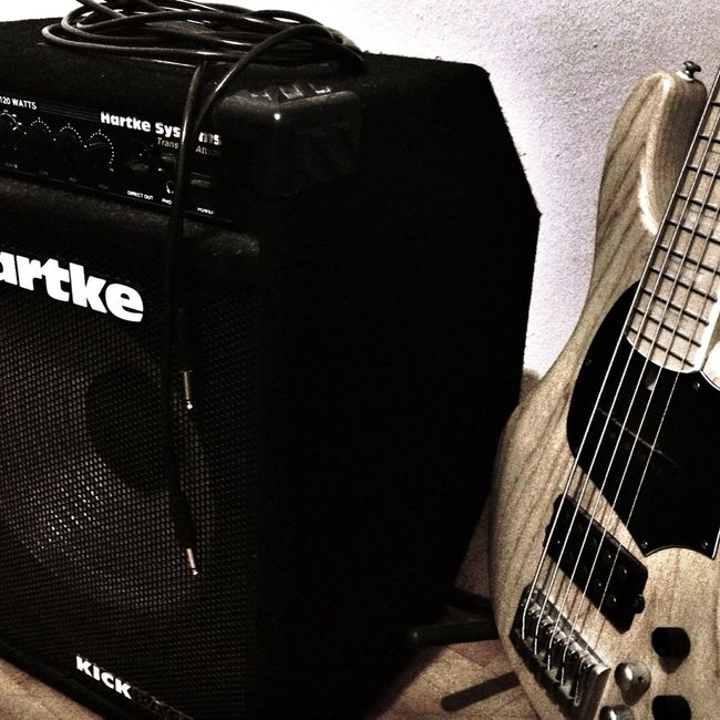 Hartke Bass Guitar 5string Delano Music Rock Iphoneonly Mylife HartkeAmp Picoftheday