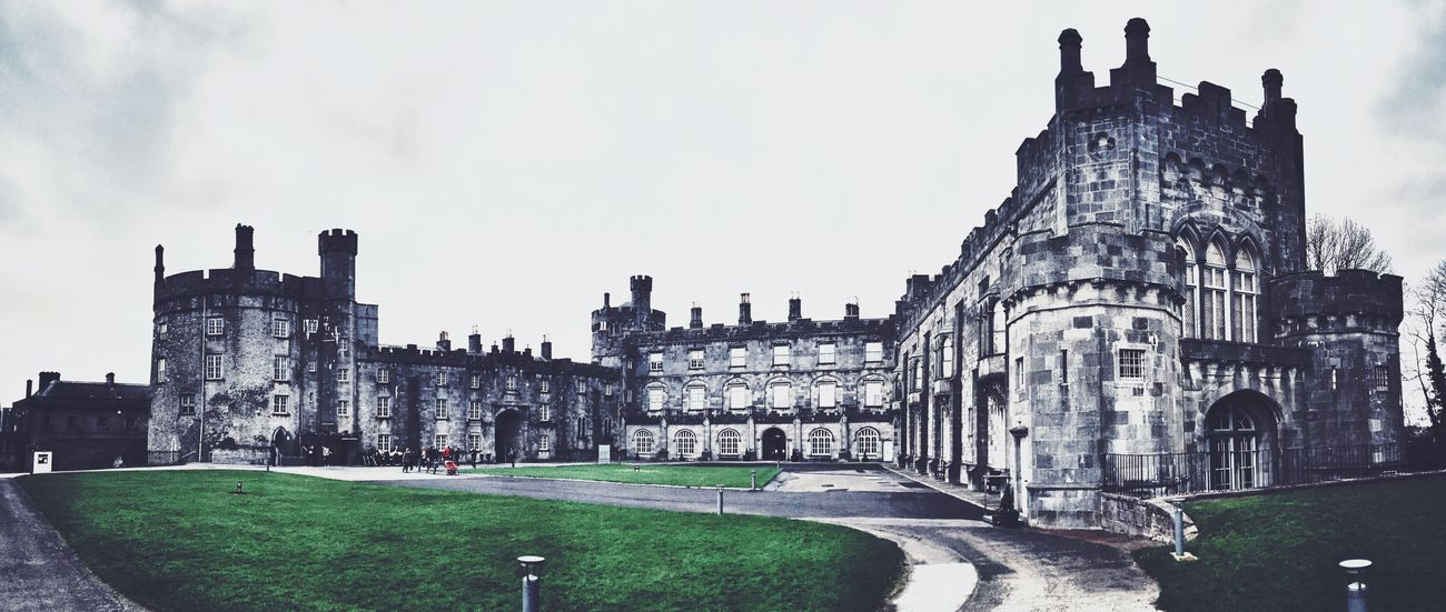 '...for its in Kilkenny it is reported on marble stones there as black as ink. With gold and silver I would support her, but I'll sing no more now til I get a drink.' Relaxing Panorama Architecture
