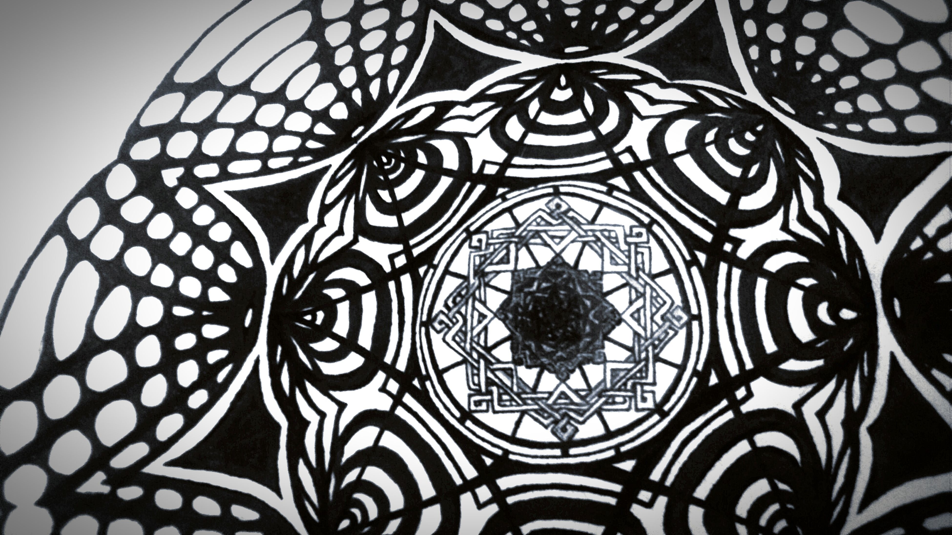 pattern, design, indoors, art and craft, full frame, art, creativity, backgrounds, architecture, low angle view, geometric shape, shape, built structure, floral pattern, decoration, ornate, ceiling, close-up, no people, circle
