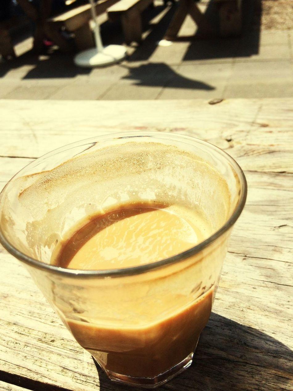 Caffì¬ Americano Relaxing Enjoying Life