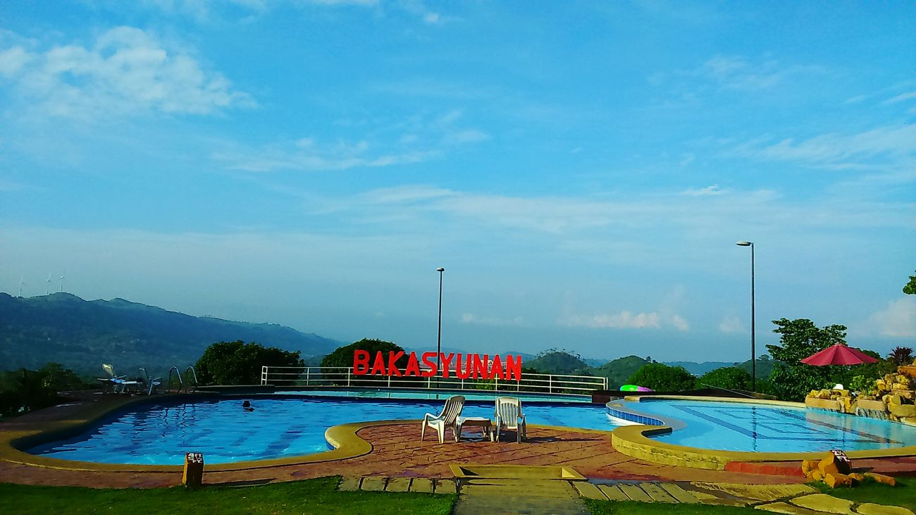 the Sun the View and the Pool @ Bakasyunan Tanay Rizal (late upload)