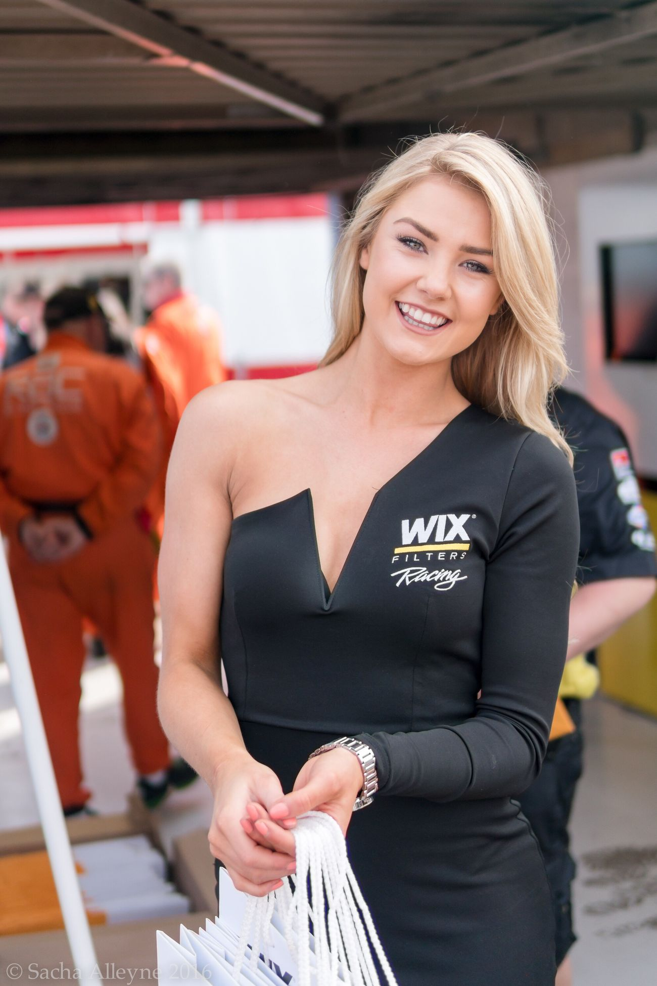 Only Women One Woman Only Looking At Camera Blond Hair Smiling Britishtouringcars Looking At Camera British Touring Car Championship Beautiful Grid Girl Gridgirls Pitlane Model Outdoors Beautiful Woman Portrait Woman Standing People One Person Day