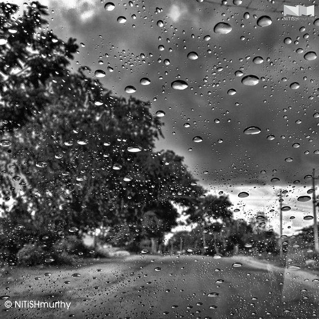 Raining ☔ along the NH207 Raindrops Roadtrip Blackandwhite Nexus5 #Nexus5Photography #HDR+