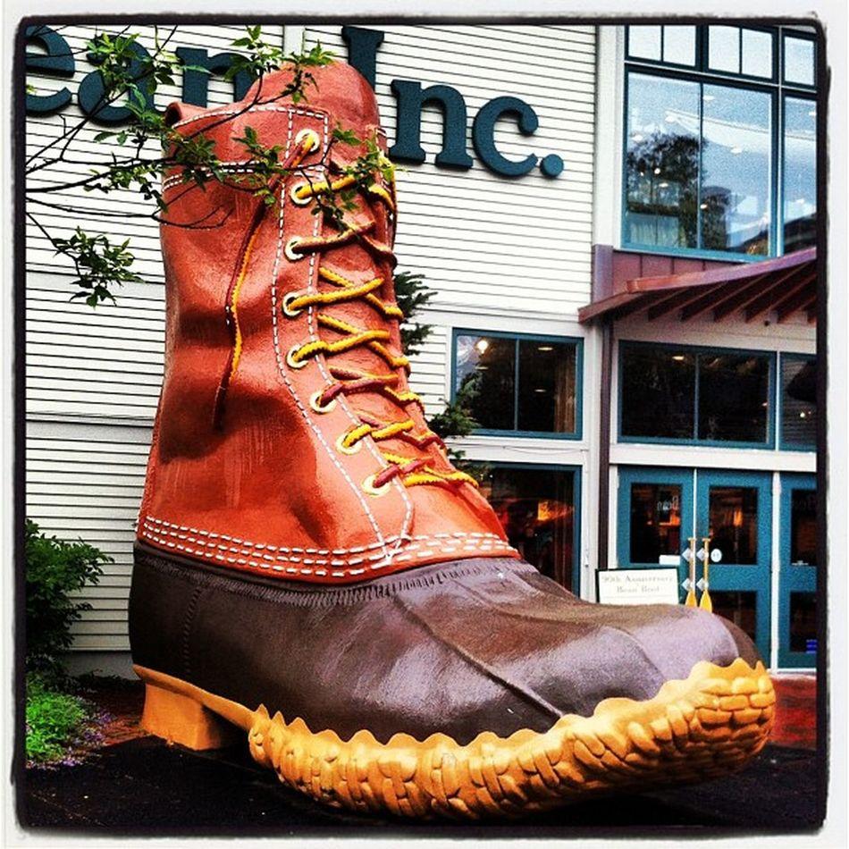 davidoa, wish you were here! Minivacation Holidayweekend 100thanniversary 4thofjuly Beanboot Holiday Vacation Maine Boot Llbean