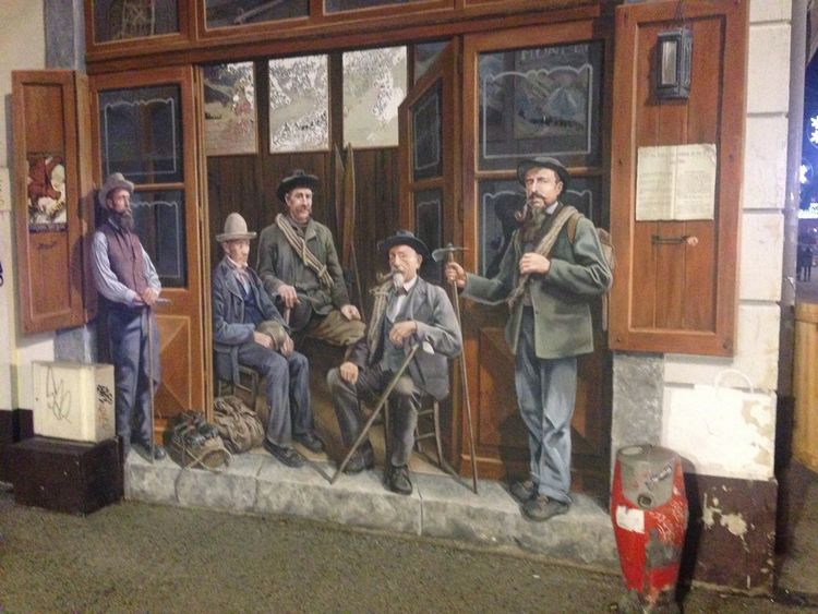Iphonephotography Chamonix-Mont-Blanc Winter History Founders Paint