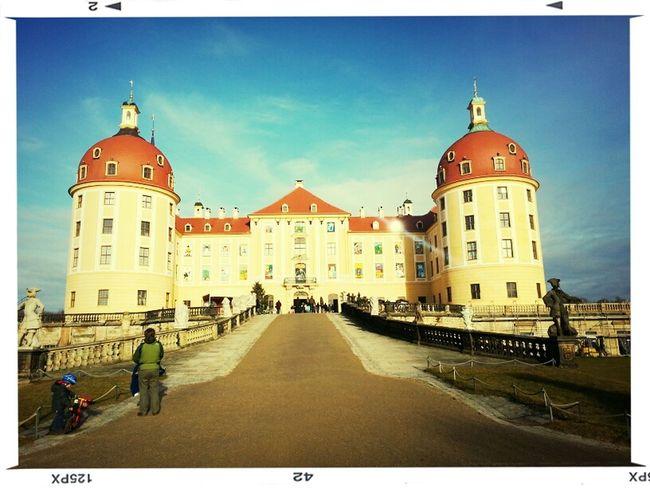 Enjoying Life Olles Schloss Drei Haselnüsse