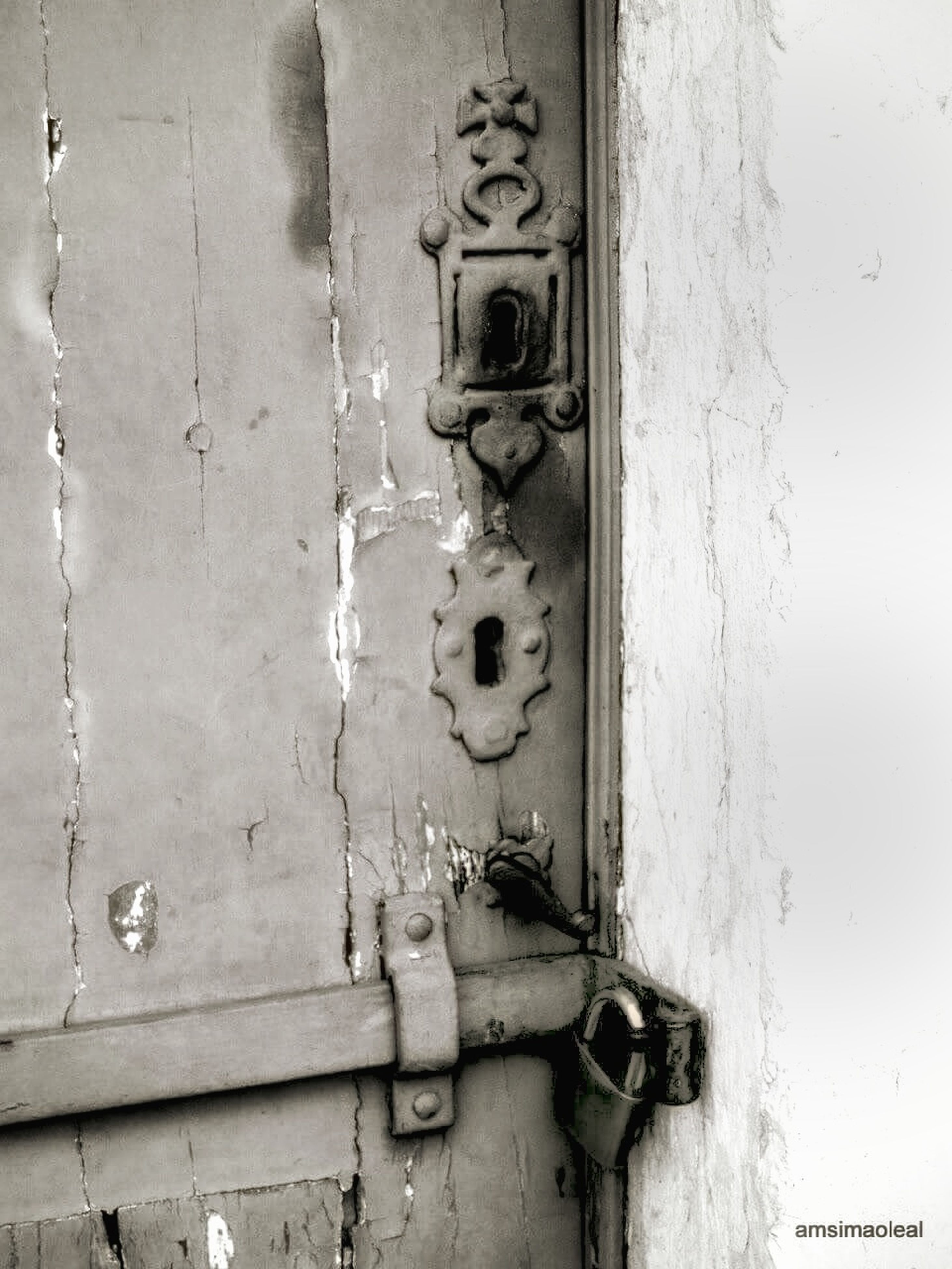 close-up, wall - building feature, man made object, full frame, weathered, no people