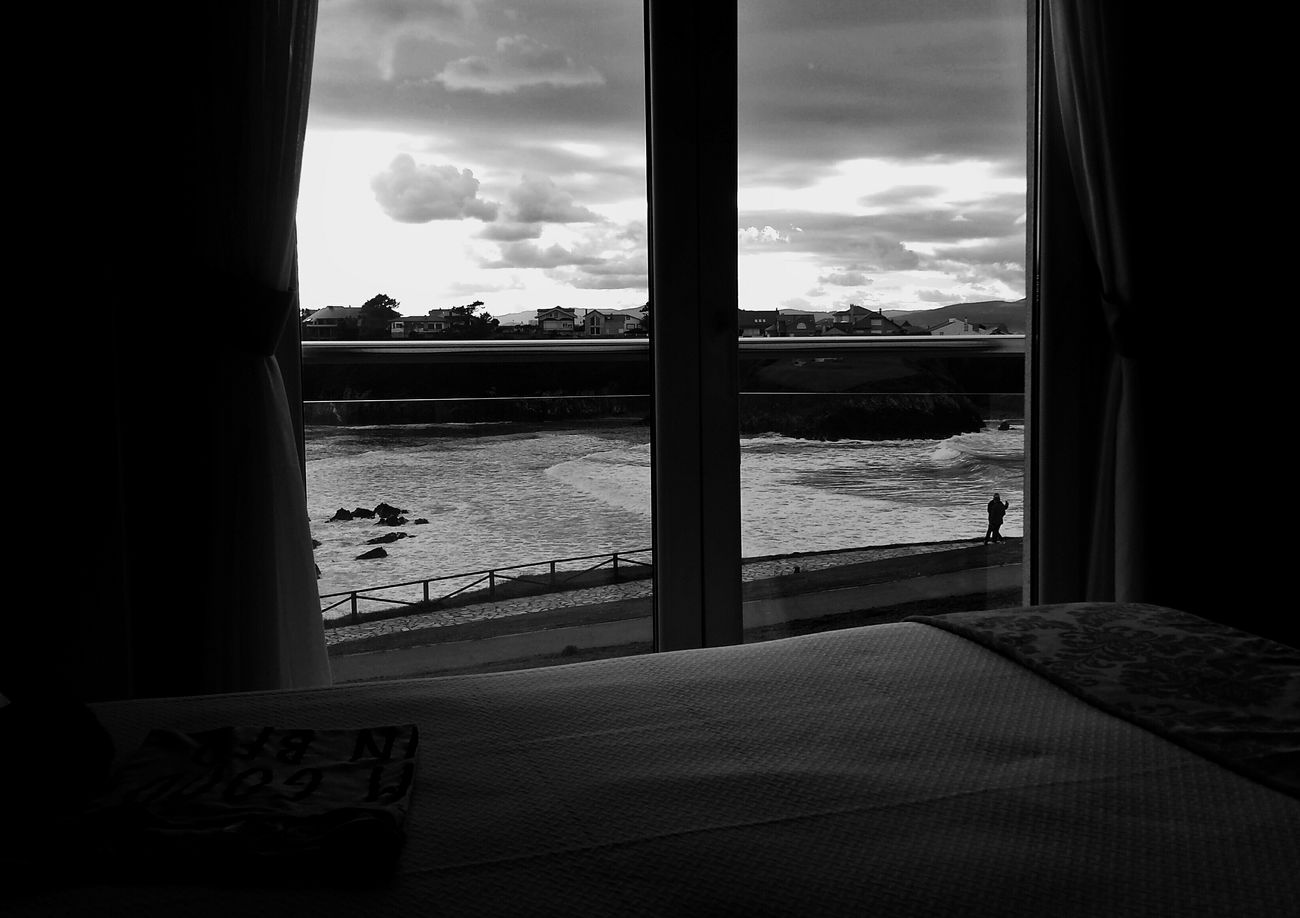 The View From My Window Monochrome Shades Of Grey Facing The Ocean Echándote De Menos / CdB