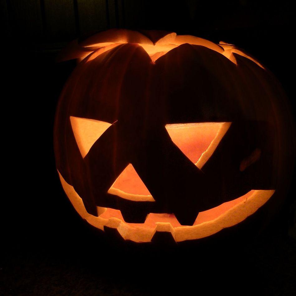 Beautiful stock photos of halloween, Art, Art And Craft, Black Background, Close-Up