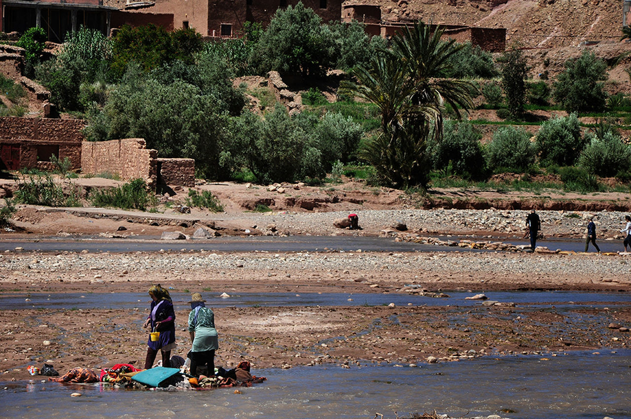 Women Around The World Women Who Inspire You Real People Daily Life Ordinary Day Outdoors Occupation Adult People Full Length Women Of EyeEm - Aït Benhaddou Morocco Africa