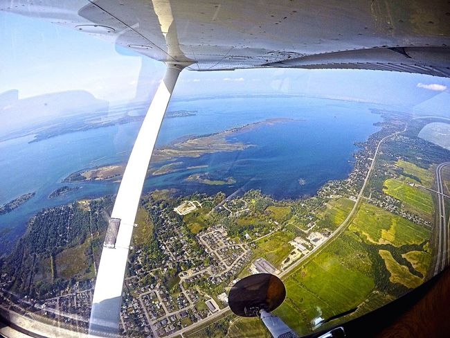 Flying over Montreal, Canada Cessna172 Pilot Goprohero4 Goprolab