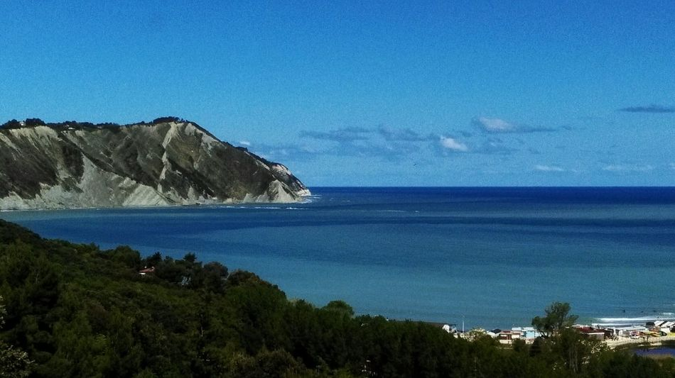 Sea Nature Sky Water Beach Portonovo Baia Di Portonovo (an) Portonovo, Italy Conero Monteconero No Filter Relaxing Moments Life Is A Beach Vacations My Point Of View Beautiful Horizon Over Water Beauty In Nature Wave Lifestyles Travel Destinations Tranquility Sun_collection Scenics Me
