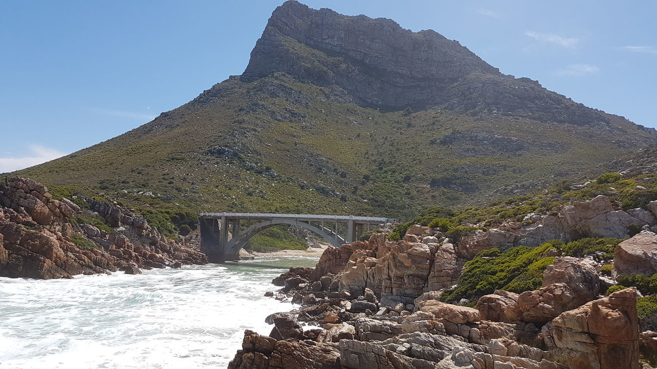 Stopping off to admire the Steenbras River Mouth along the way to Pringle Bay.