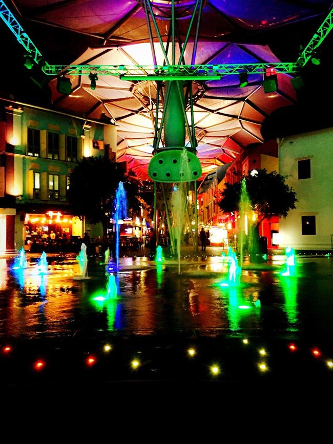Singapore Clarke Quay Night Photography Have Fun Summertime Fountain The Mix Up Feel The Journey Feel The Moment Tour Singapore Tourist Journey