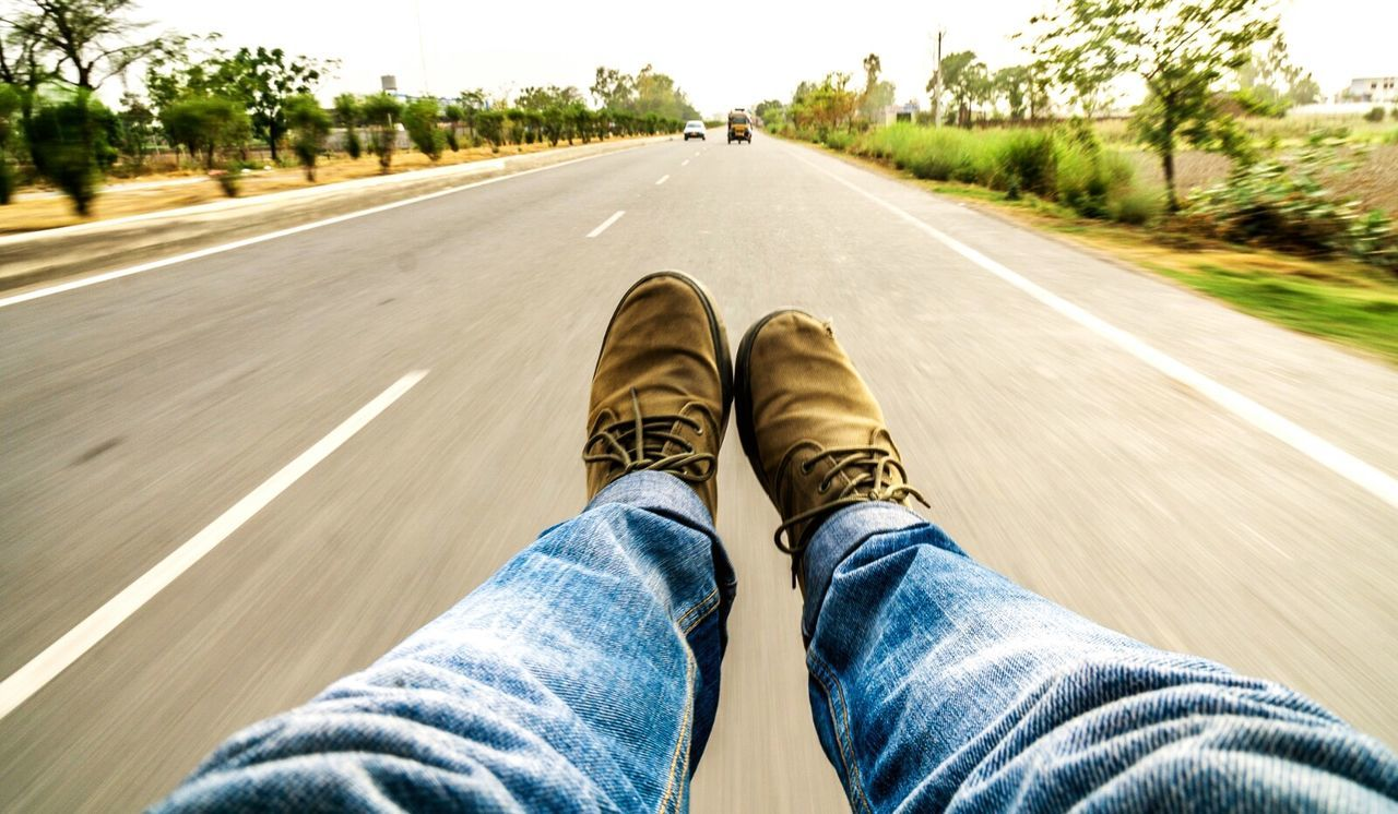 Sometimes you want to stop walking and just go with the flow. Ride In Style Photography In Motion Life's Simple Pleasures... Feetselfie Feet And Shoes Travel Photography On The Road Roadtrippin' Streetsofindia Feets In The Air Shoes