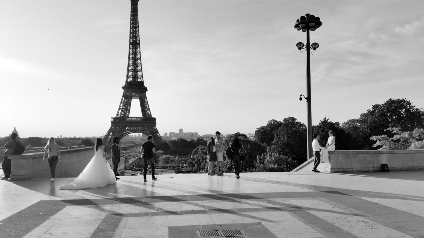 Architecture Blackandwhite Capured The Moment City Life Couple Culture Eiffel Tower Famous Place Lifestyles Marriedlife Monument People Photography Person Shadows & Lights Sky Spontaneous Moments Sun Light This Morning Tourism Travel Destinations Battle Of The Cities Monochrome Photography