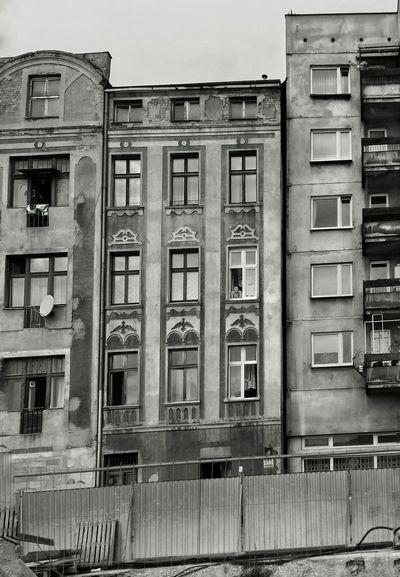 Kamienica Płyta Obserwacje Streetphotography Streetphoto_bw Snapseed Blackandwhite