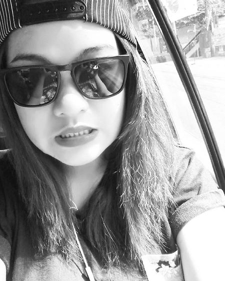 Taking Photos That's Me Check This Out Cap Shades Blackandwhite