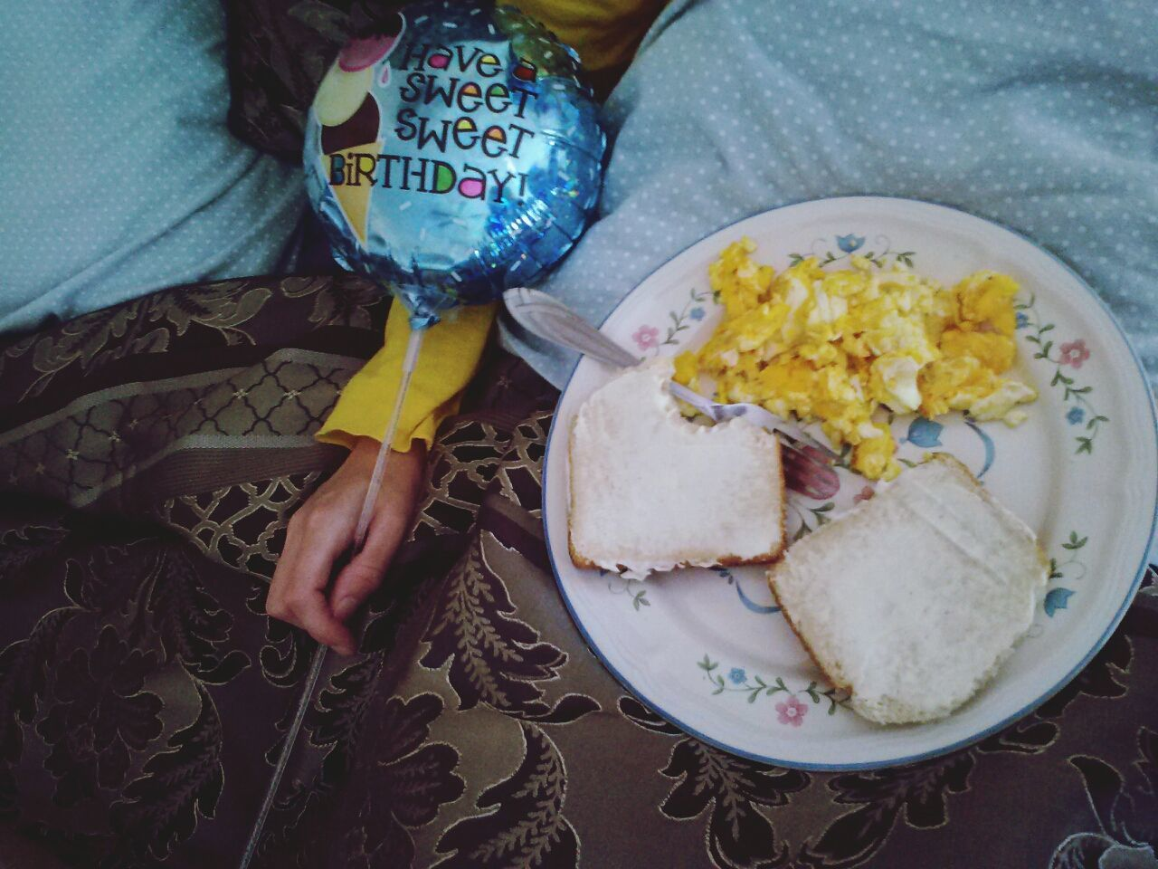 breakfast in bed for the birthday mom