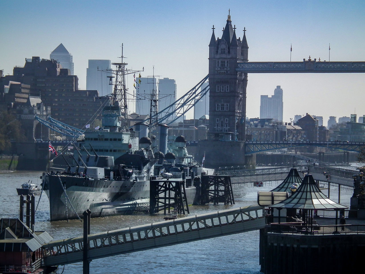 Architecture Bridge - Man Made Structure Building Exterior Built Structure City Cityscape Day England Inghilterra London Londra Nautical Vessel No People Outdoors River Sky Skyscraper Tamigi Themse Transportation Travel Destinations Urban Skyline Water
