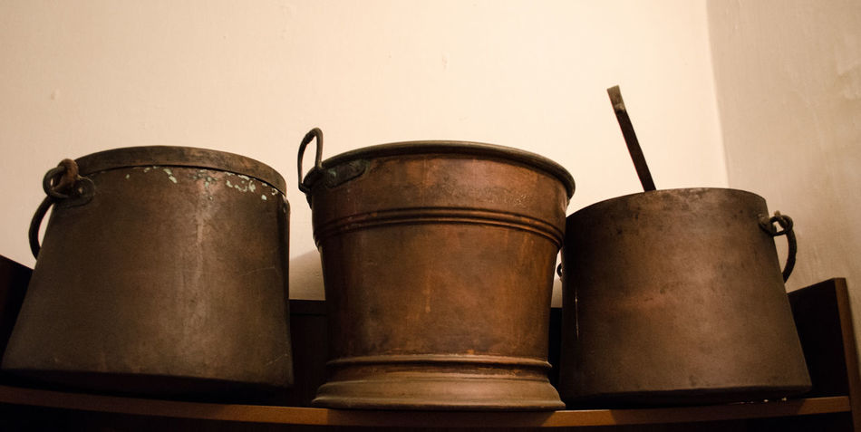 Close-up No People Indoors  Day Cauldron Pots Copper  Old Old-fashioned Ancient Instruments Retro Styled Nostalgia Antique Home Interior Lieblingsteil